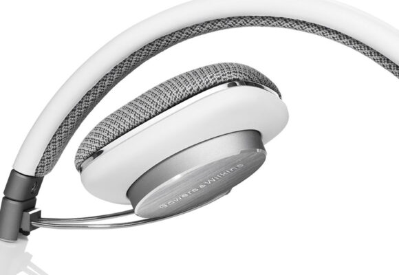 Headphones | P3
